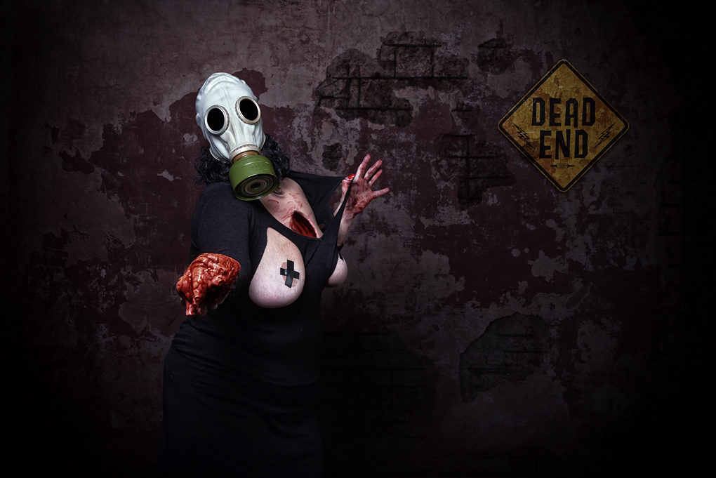 Girl with gas mask and heart out - Toxic Project by João Azevedo
